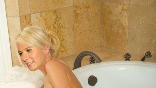 Мария Шарапова - 1HqyVsJ6j6MackBVFWTFE1511070921.jpg
