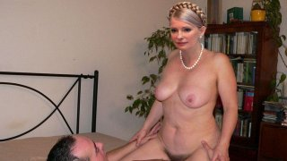 Юлия Тимошенко - 14sq1K2rPnfuyn73d7Fe51511068927.jpg