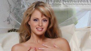 Анна Семенович - 1CEokF67gU7c9L4X8xFZA1511076993.jpg