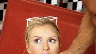 Анна Семенович - 1RmVTQJ85akMa5QLE3rNB1511076993.jpg