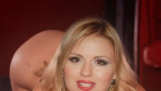 Анна Семенович - 1Wdy3sABr2bzJmEw38nNu1511076993.jpg